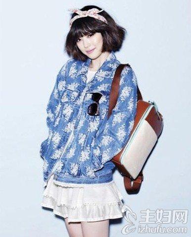资讯F(x)雪莉变身时尚潮人 教你这样拎包才有潮范